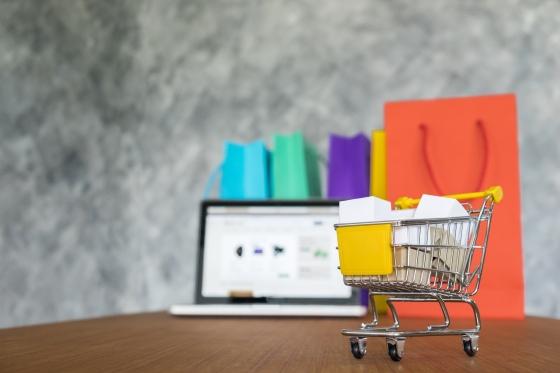 Comercio electrónico: concepto harry aguilar